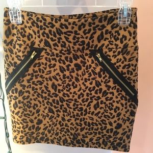 Cheetah print pencil skirt!